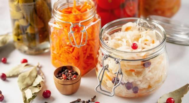 Conoscete le verdure fermentate? Ecco come prepararle