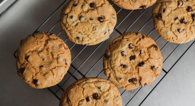 Biscotti con gocce di cioccolato? Una ricetta da leccarsi i baffi!