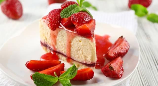 Cheesecake alle fragole vegana