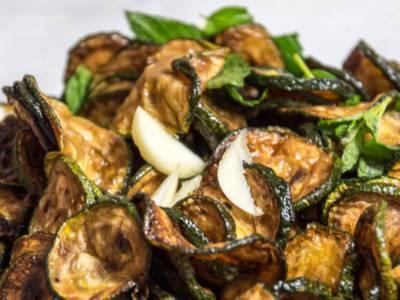 Scopriamo un piatto tipico della cucina ebraico-romanesca: la concia di zucchine