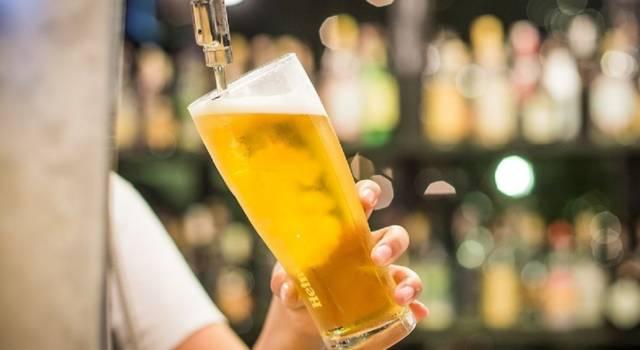 Birra alla spina o in bottiglia: guida su quale scegliere