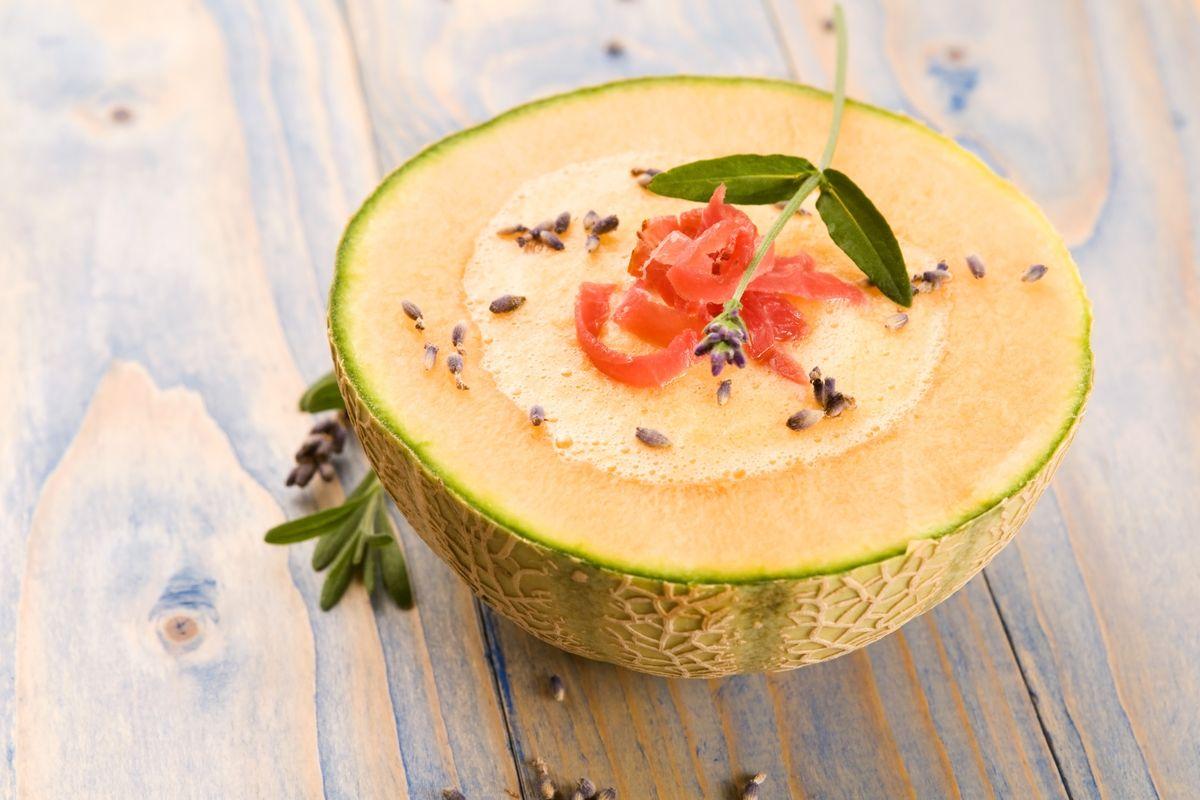 Gazpacho al melone e prosciutto