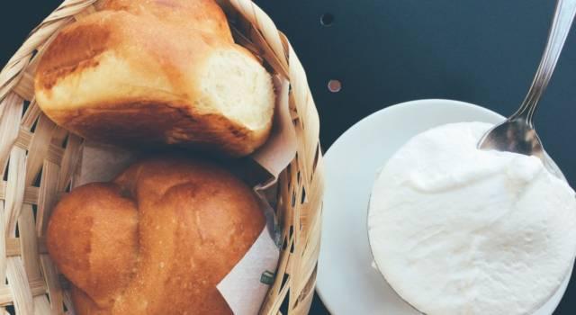Dalla Sicilia, una ricetta perfetta per l'estate: la brioche col tuppo