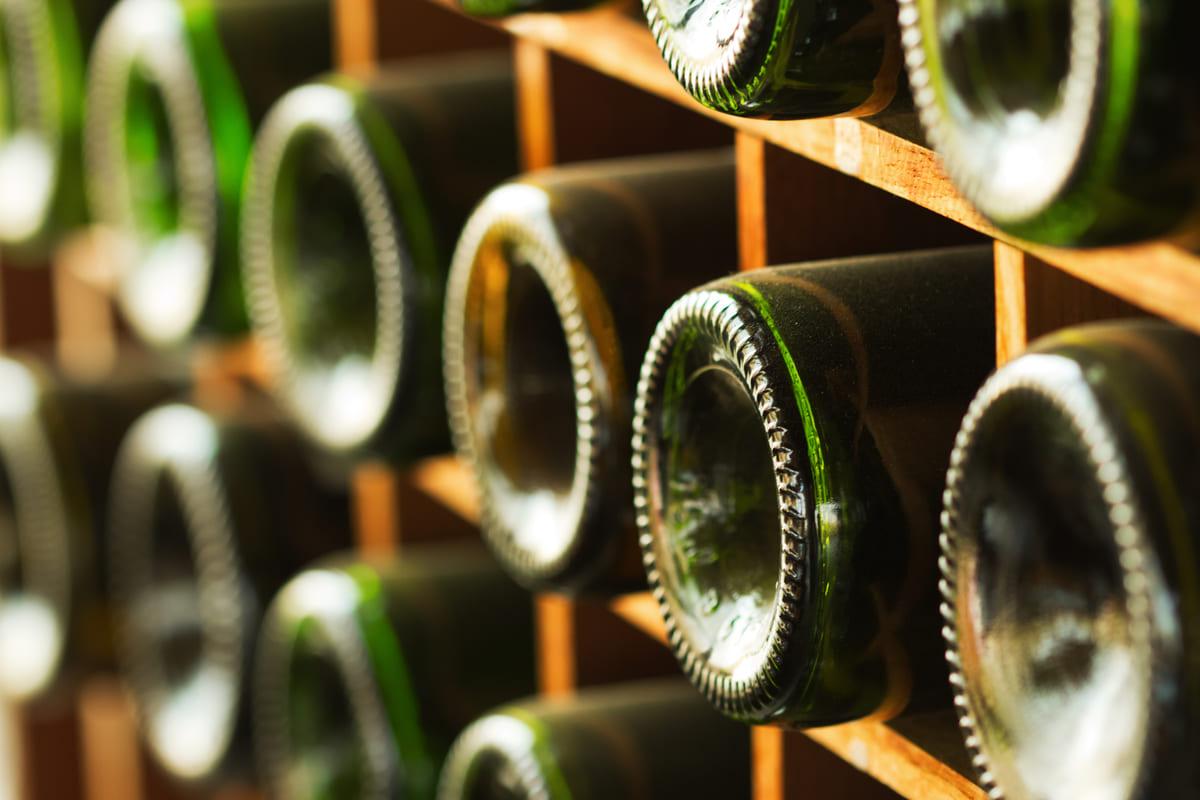 Fondi bottiglie concavi