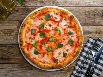 Per una pizza straordinaria e digeribile, ecco l'impasto mille bolle!