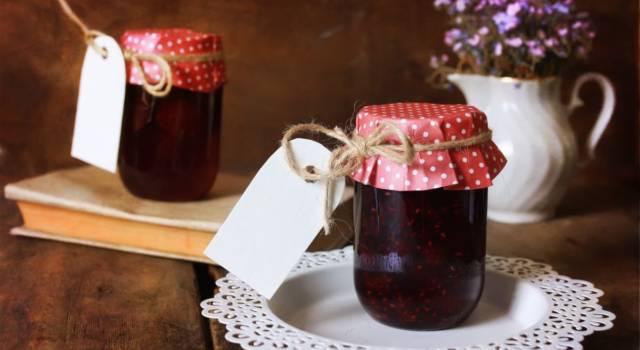 Tosse e mal di gola? Prova la marmellata di mele e liquirizia!