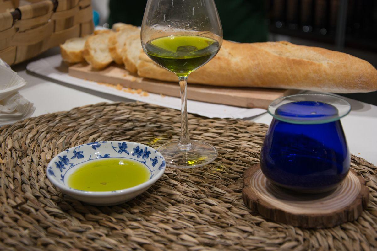 Degustazione di olio