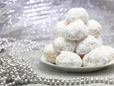 Stanchi dei soliti dolci di Natale? Provate i biscotti palle di neve