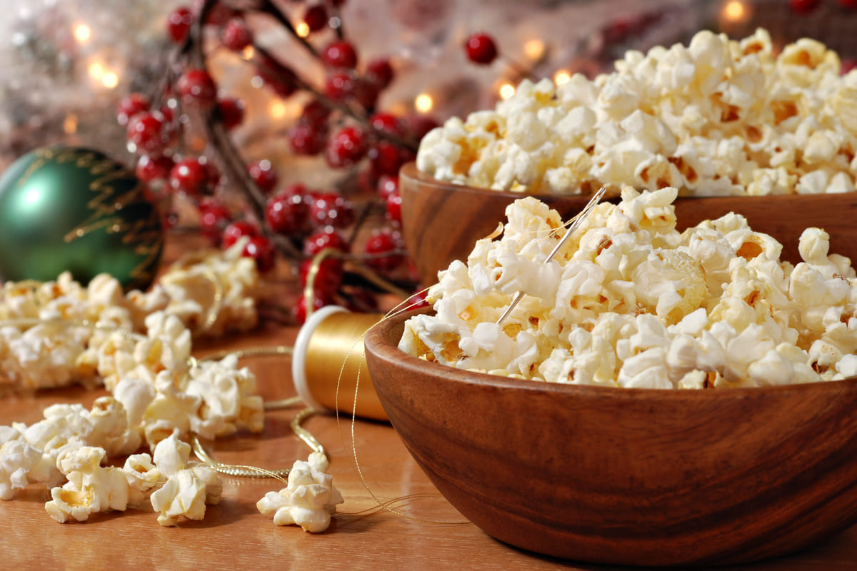Ghirlanda di natale commestibile con pop corn