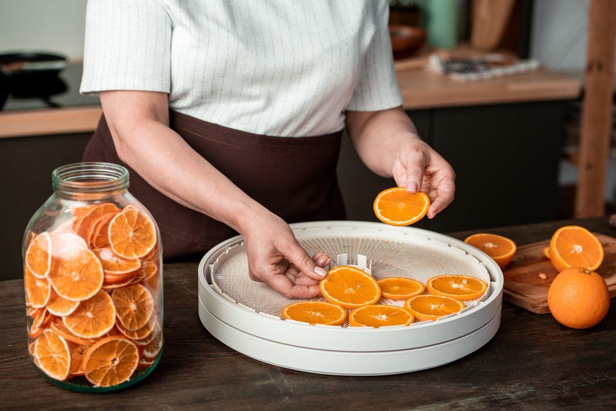 essiccare le arance con l'essiccatore