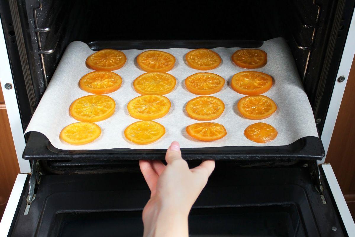 essiccare le arance in forno