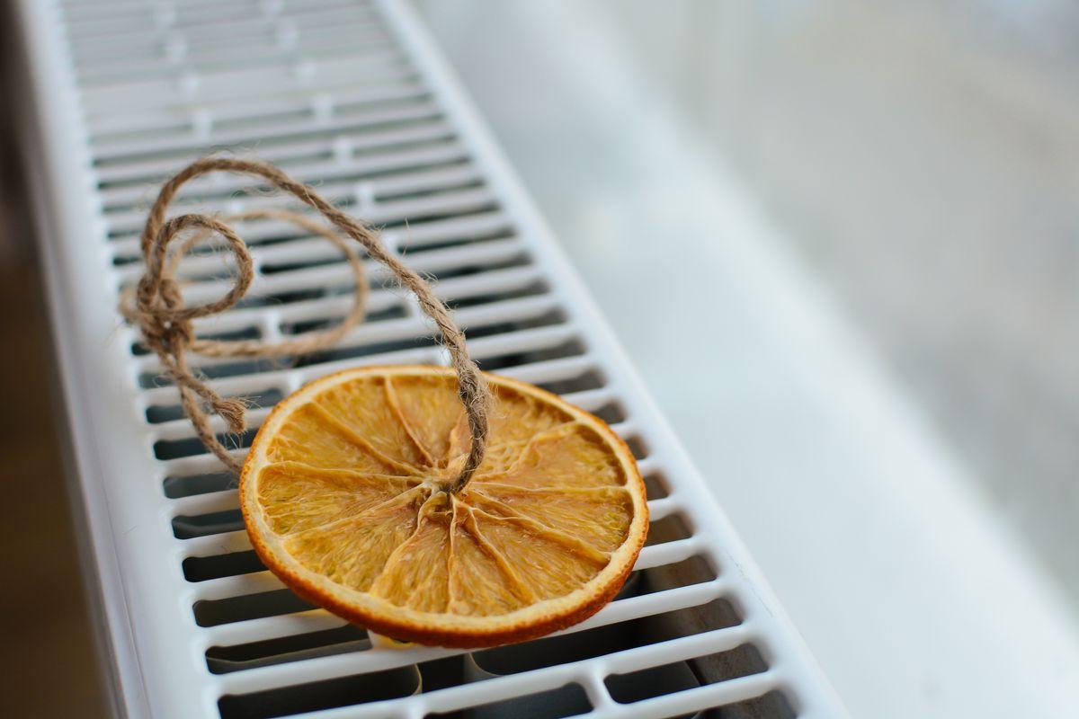 essiccare le arance sul termosifone