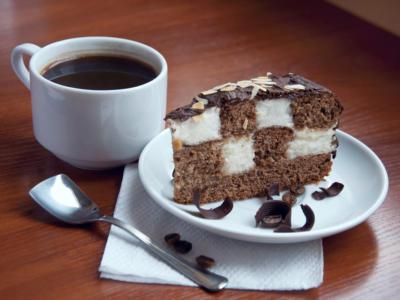 Se non avete mai preparato la torta a scacchi, è arrivato il momento di rimediare!