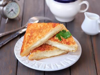 Mozzarella in carrozza al forno: sempre una garanzia!