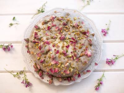 Volete conquistare qualcuno prendendolo per la gola? Provate la Persian love cake!