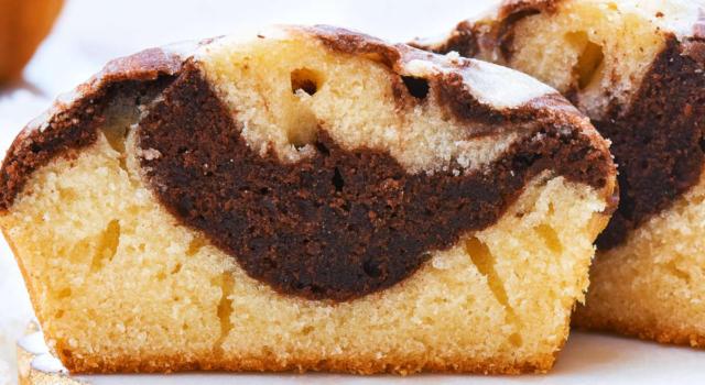 Torta bicolore: soffice come una nuvola!