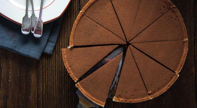 Amanti del cioccolato, ecco la torta Lindt