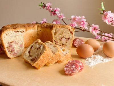 Velocizziamo la preparazione del tortano napoletano con il Bimby