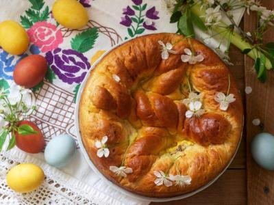 Festeggiamo la Pasqua con un dolce ucraino, la paska