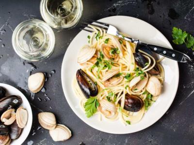 Cercate un primo piatto di pesce? Provate gli spaghetti cozze e vongole