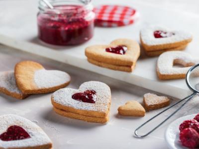 Biscotti con marmellata: una ricetta tanto facile quanto golosa