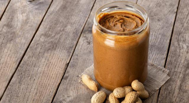 Burro di arachidi con il Bimby: perché comprarlo quando puoi farlo?