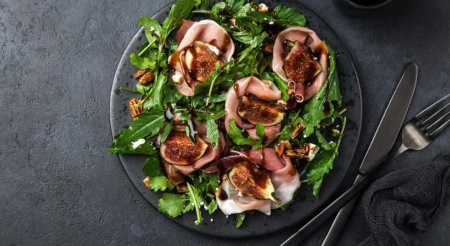 Stanchi della solita insalata? Ecco 10 idee per le vostre insalate estive