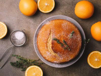 Leggera e senza uova, la torta all'arancia è da provare