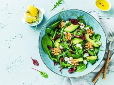 Insalate detox (e alimenti) per rimettersi in forma con gusto