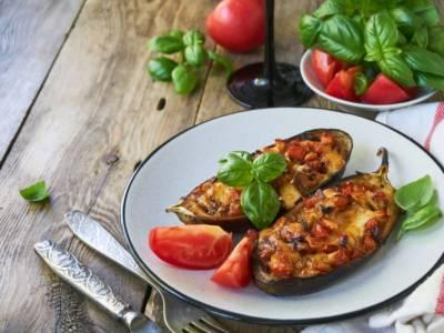 Melanzane ripiene vegetariane: una bomba di sapore