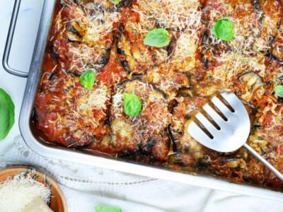 Parmigiana di melanzane grigliate: light ma con gusto
