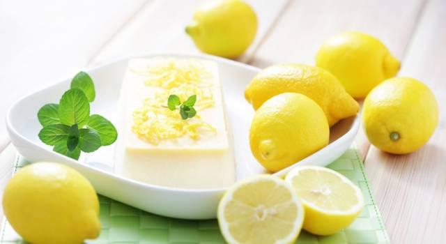 Semifreddo al limone per un fine pasto leggero