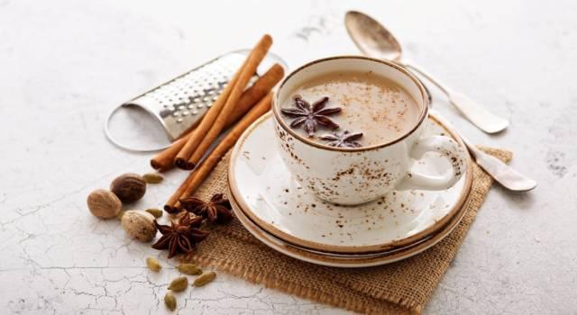 Masala Chai: la bevanda indiana che aiuta contro dolori, digestione e nausea
