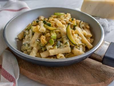 Quando non sapete cosa cucinare, fate la pasta e zucchine con il Bimby