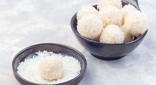 Raffaello: la ricetta per fare in casa i cioccolatini al cocco