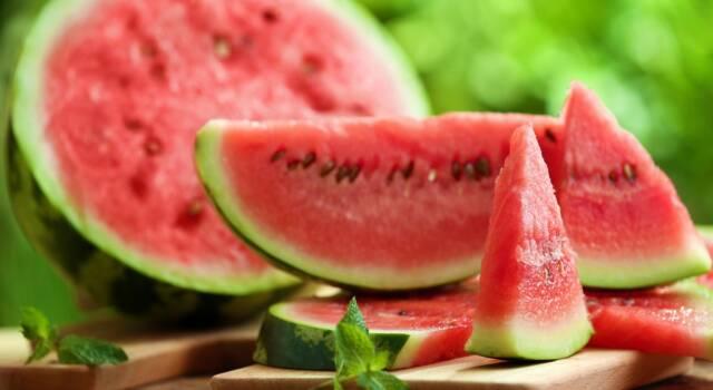 Come affrontare l'estate mangiando… frutta!
