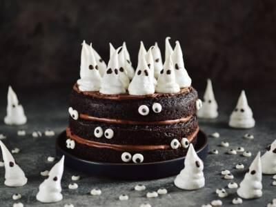 Paura del buio? Attenzione alla torta fantasma!