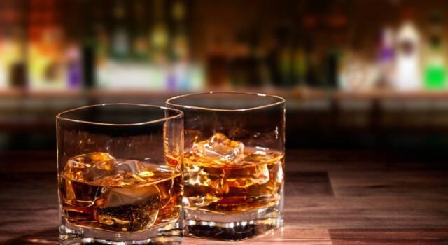 Differenza whisky e whiskey: alla scoperta del mondo di questo distillato