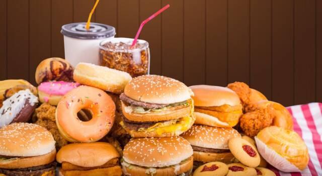 Test shock su Tik Tok: il cibo dei fast food non va a male