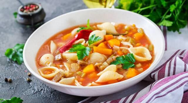 Calda, corroborante e deliziosa minestra di zucca!