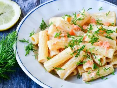 Pasta al salmone e Philadelphia, veloce primo piatto per ogni occasione