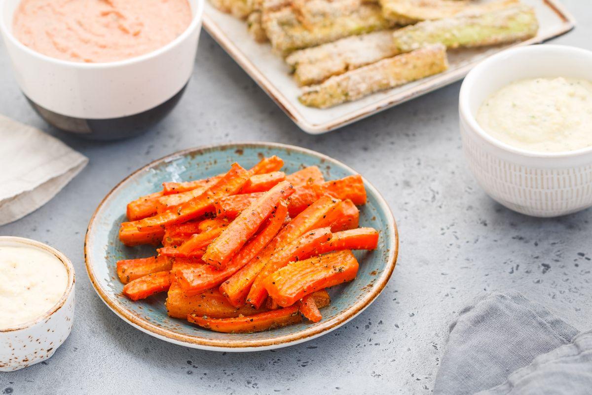 Bastoncini di carote al forno