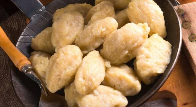 Cajettes: i particolari gnocchi piemontesi di patate (o pane)