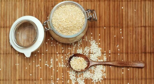 Gomasio: a cosa serve e la ricetta per preparare questo prodotto asiatico
