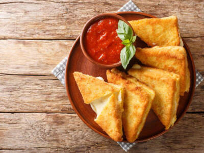 Zucchine in carrozza: la ricetta golosa per un aperitivo croccante!