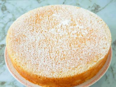Cercate un dolce sofficissimo? Provate la torta Giuditta allo yogurt