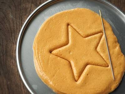 È il dalgona biscuit, ma tutti lo conoscono come… il biscotto di Squid Game!