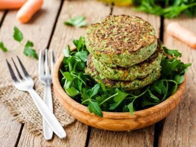 Vegetariano e delizioso: ecco il burger di cavolo nero